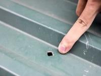 Phương pháp xử lý hiệu quả nhất khi mái tôn bị thấm dột