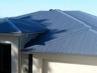 Nên sử dụng vật liệu gì cho việc lợp mái an toàn, tiện ích?